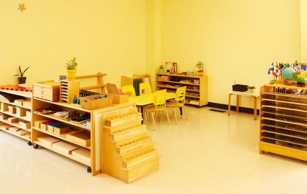 maple-leaf-montessori-casa-classroom-overview